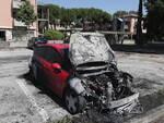 Ravenna_auto incendiata