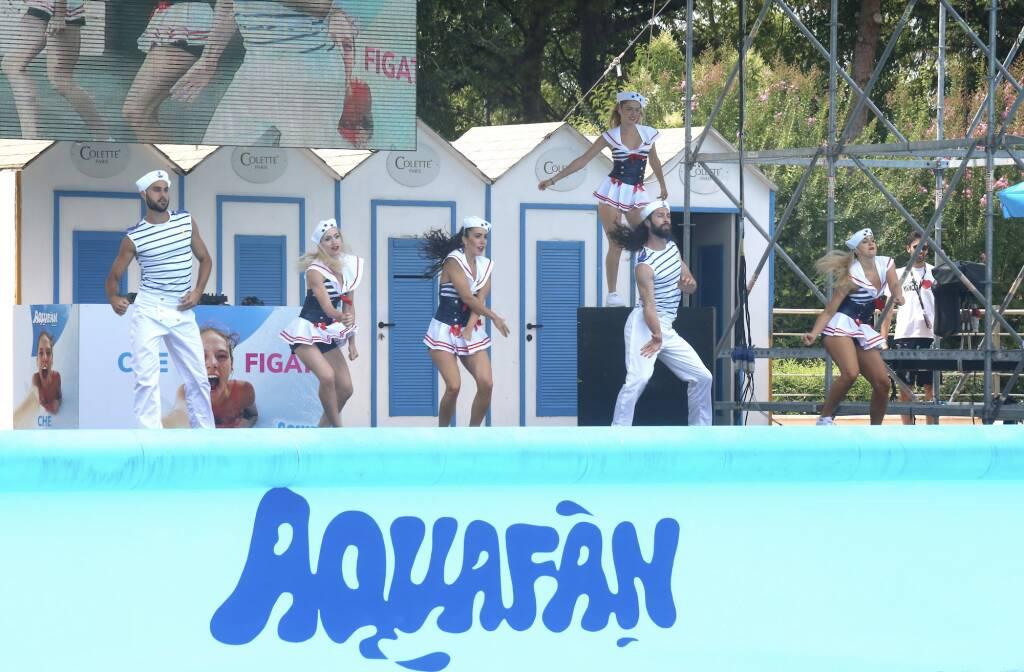Riccione - Festa della Maturità ad Aquafan