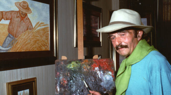 Werther Morigi nella sua galleria di Milano Marittima