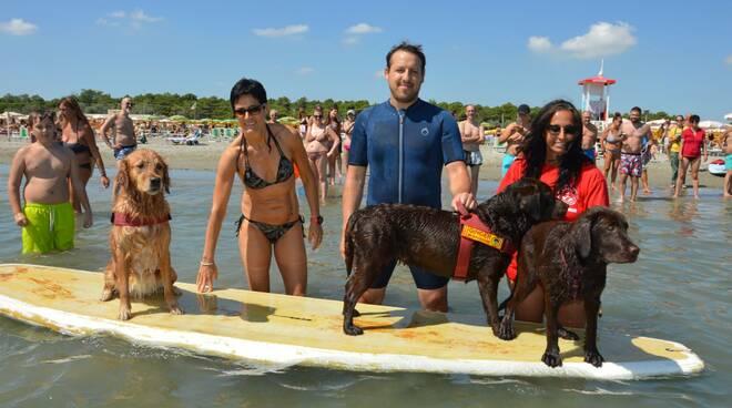 dimostrazione salvataggio spiaggia studenti it morigia