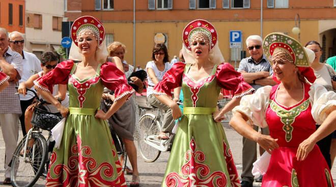 Festival Folklore Russi
