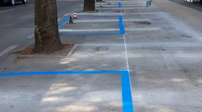parcheggi blu via de gasperi
