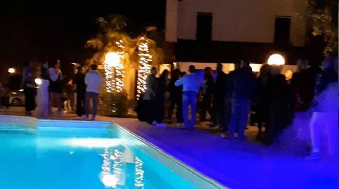 festa in piscina rimini