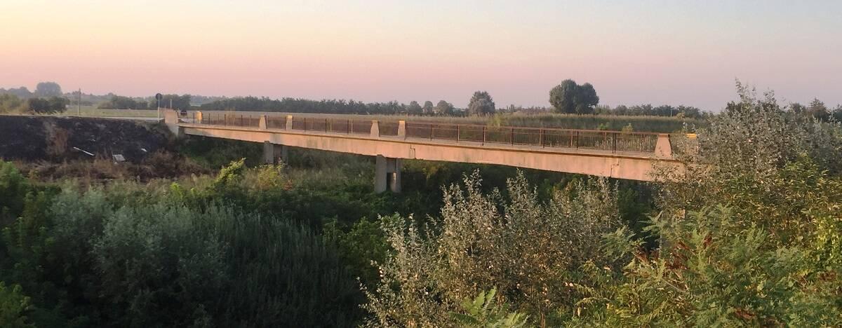 Lugo: passerelle sul fiume Santerno addio?