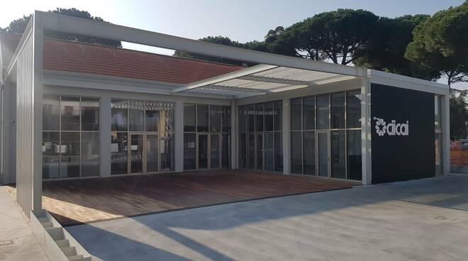 Cicai Arredo Bagno Bologna.Taglio Del Nastro Per Il Nuovo Show Room Del Ciicai A Cervia