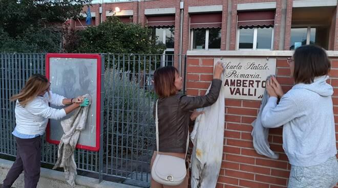scritte nazi cancellate - Forlì