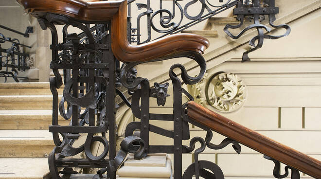 """AiMagazzini del Sale di Cervia arriva la mostra """"Espressioni Liberty in ferro battuto"""""""