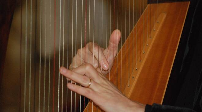 arpa strumento musica