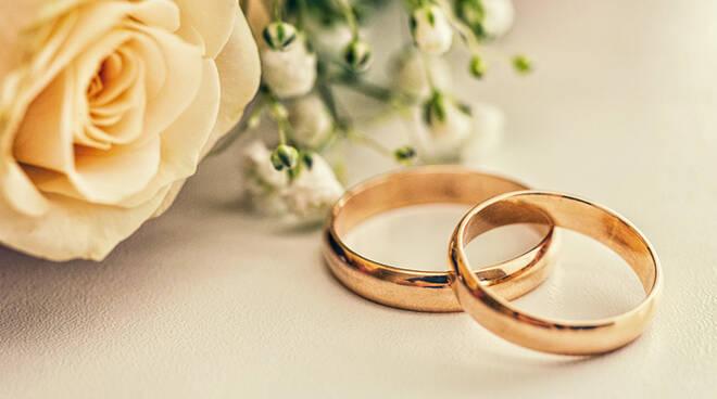 70 Anniversario Di Matrimonio.Cervia 155 Coppie Cervesi Festeggiano L Anniversario Di
