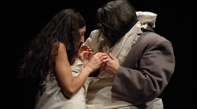 """Teatro Diego Fabbri di Forlì: la rassegna Family inaugura con """"La Bella e la bestia"""""""