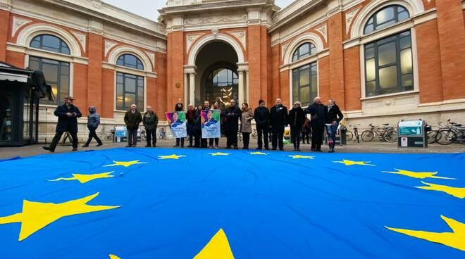 bandiera piu' Europa