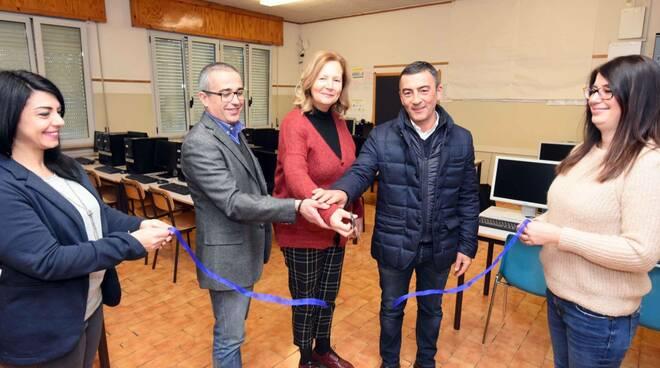 inaugurazione aula informatica-Forlì