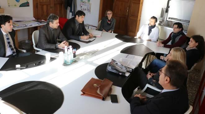 incontro sindaco Gnassi e promotori raccolta firme