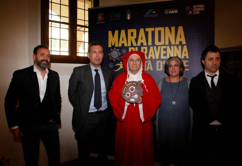 Maratona di Ravenna 2020: la nuova medaglia è un omaggio a Dante Alighieri