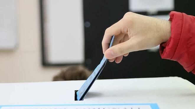 urna elettorale seggio voto