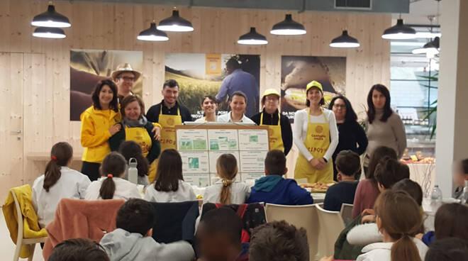 Educazione alla Campagna Amica: gli alunni della De Amicis di Meldola a lezione di sana alimentazione