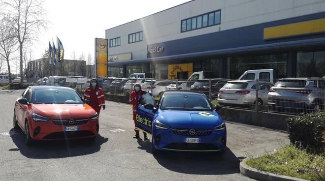Concessionarie donano auto alla Croce Rossa di Faenza: serviranno per la spesa a domicilio