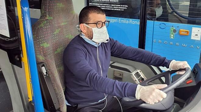 Autobus_linea_conducente