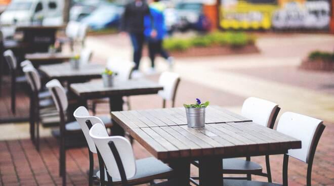 ristorante bar tavolo all'aperto