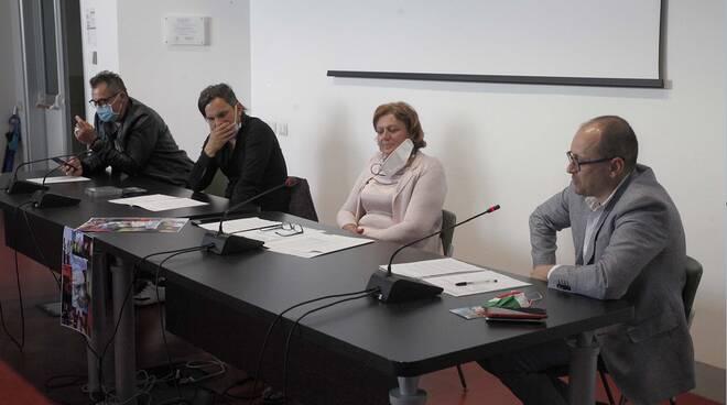 Beppe Aurilia dona concerto a medici dell'Ospedale di Ravenna e ospiti del Covid Hotel di Lido Adriano