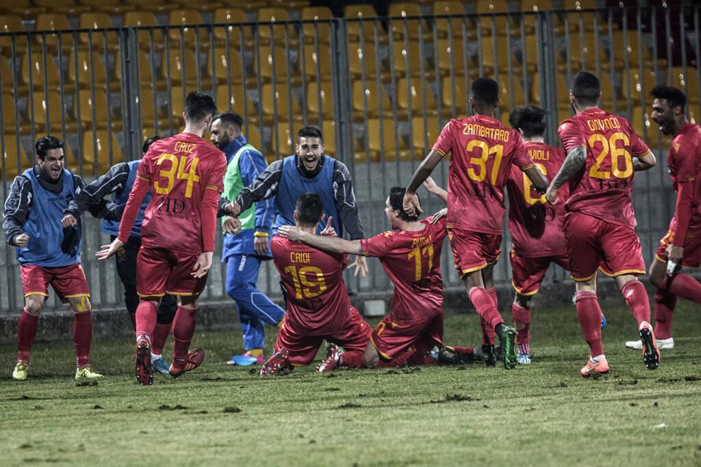 Ravenna FC esultanza giocatori