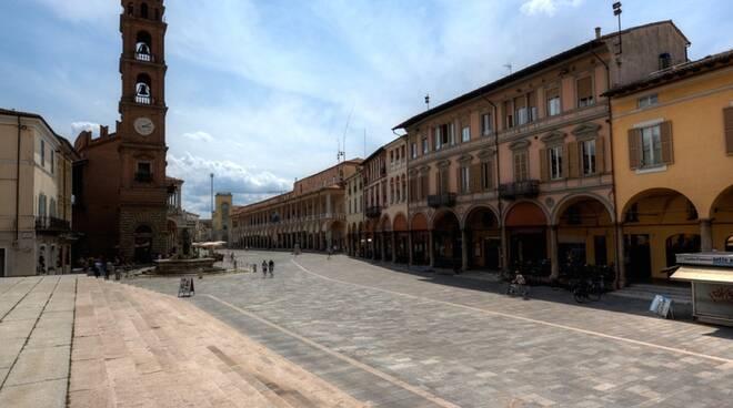 piazza libertà faenza