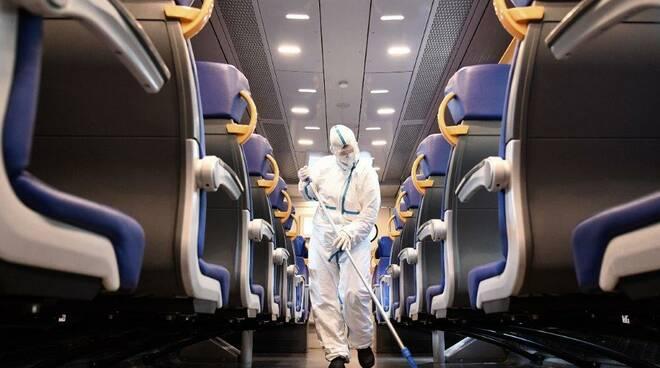 """treni FASE """" coronavirus - trenitalia - sanificazione"""