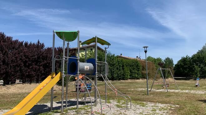 Parco Conti - area giochi Barbiano