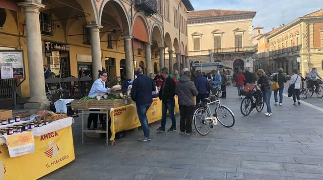 Faenza_agricoltura_piazza