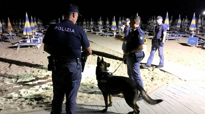 Polizia_Rimini_Controlli_antidroga