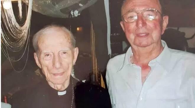 La chiesa di San Biagio gonfia di commozione: l'ultimo saluto ad Emilio Ravaglia