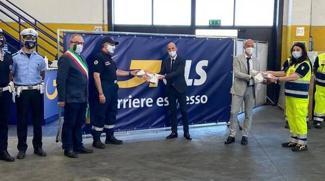 Ravenna, Davoli srl dona mille mascherine all'Associazione nazionale Carabinieri e a Radio Club Mistral