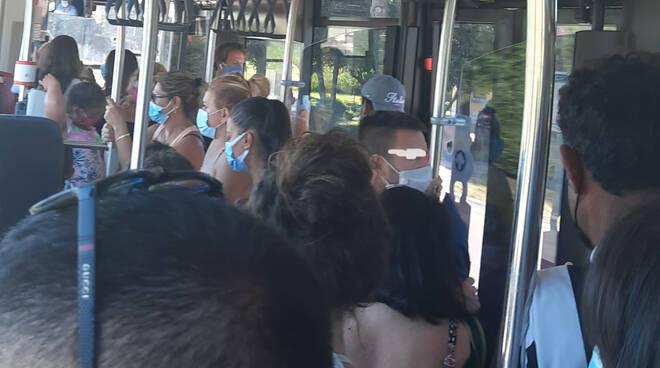 bus n 70 - posta dei lettori