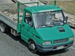 camion scarica lastre di eternit a faenza