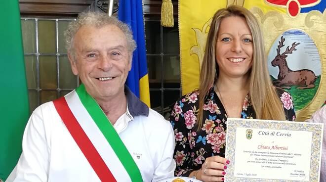 Il Sindaco Massimo Medri ha incontrato la scrittrice cervese Chiara Albertini
