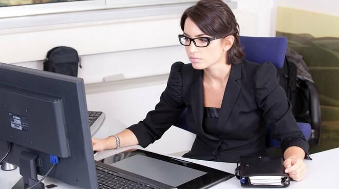 lavoro donne ufficio