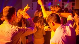 disco - ballo -giovani