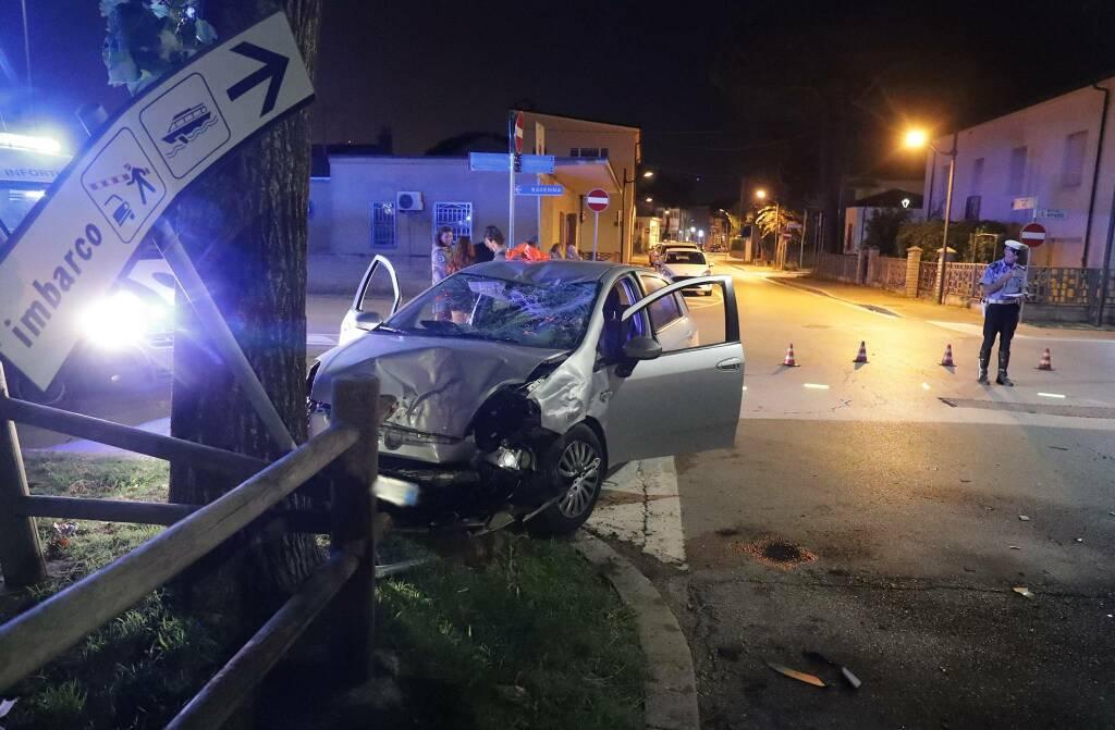 incidente auto scooter porto corsini
