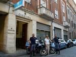 """Rimini, sfrecciando sulle nuove """"Nibbio'' gli agenti arrestano coppia di borseggiatori seriali"""
