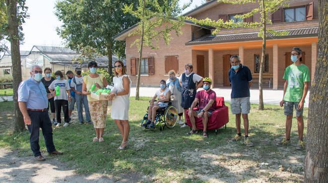 """Al Centro Sant'Antonio donate le borracce """"anti-Covid"""""""