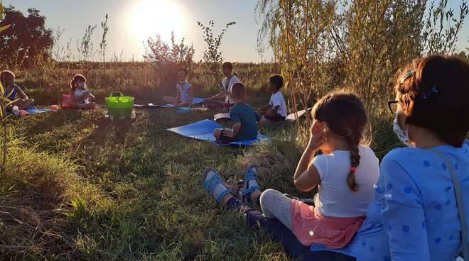 campo humus sapiens bagnacavallo bambini natura