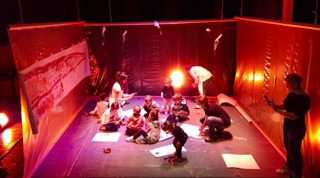 Lurp - teatro bambini - Drammatico Vegetale/Ravenna Teatro