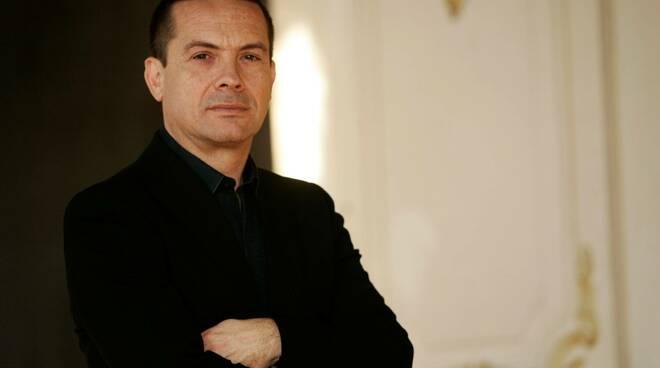 maestro Paolo Olmi