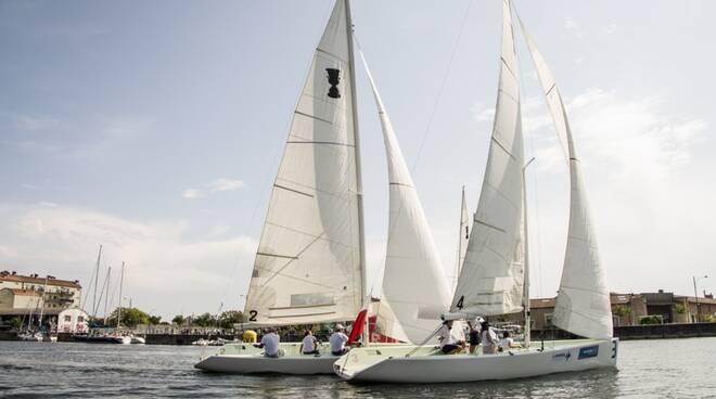 """""""Navigare per Ravenna"""": oltre cento barche lungo il Canale Candiano"""