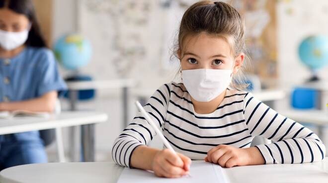 Scuola_elementare_Coronavirus