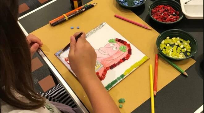 Laboratorio mosaico - bambini - dante - RavennAntica