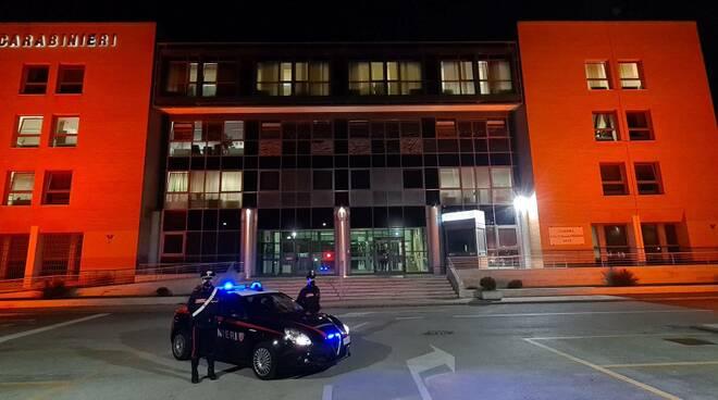 comando carabinieri Arancione Contro la violenza sulle donne