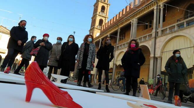 FAenza arte contro la violenza sulle donne 25 11 2020