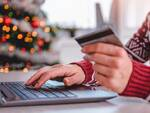 shopping natalizio in line