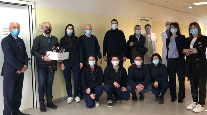 Aikom Technology dona ecografo diagnosi precoce domiciliare alle USCA di RIMINI
